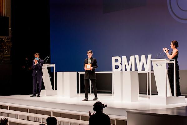 Victoria Iranzo, ganadora del 35º Premio BMW de Pintura